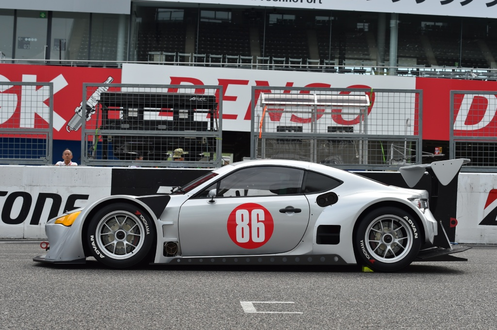 Super-GT-GT300-Mother-Chassis-Toyota-GT86-5