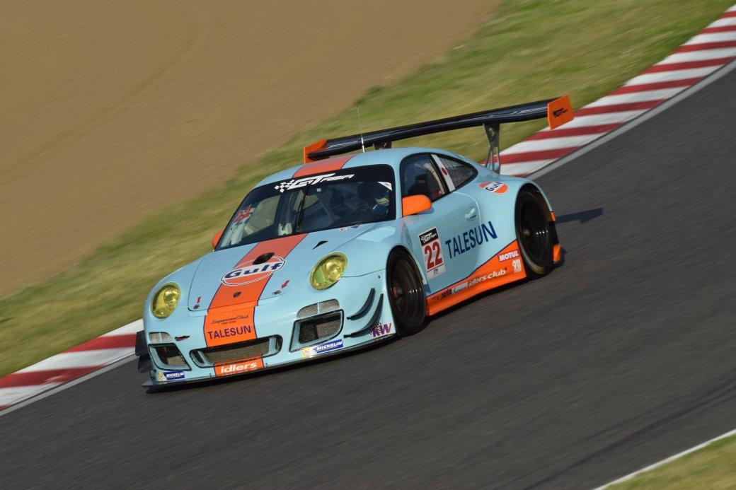 GULF Racing Japan 997 GT3R