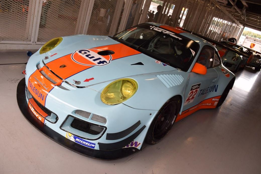 GULF Racing Japan 997 GT3R1