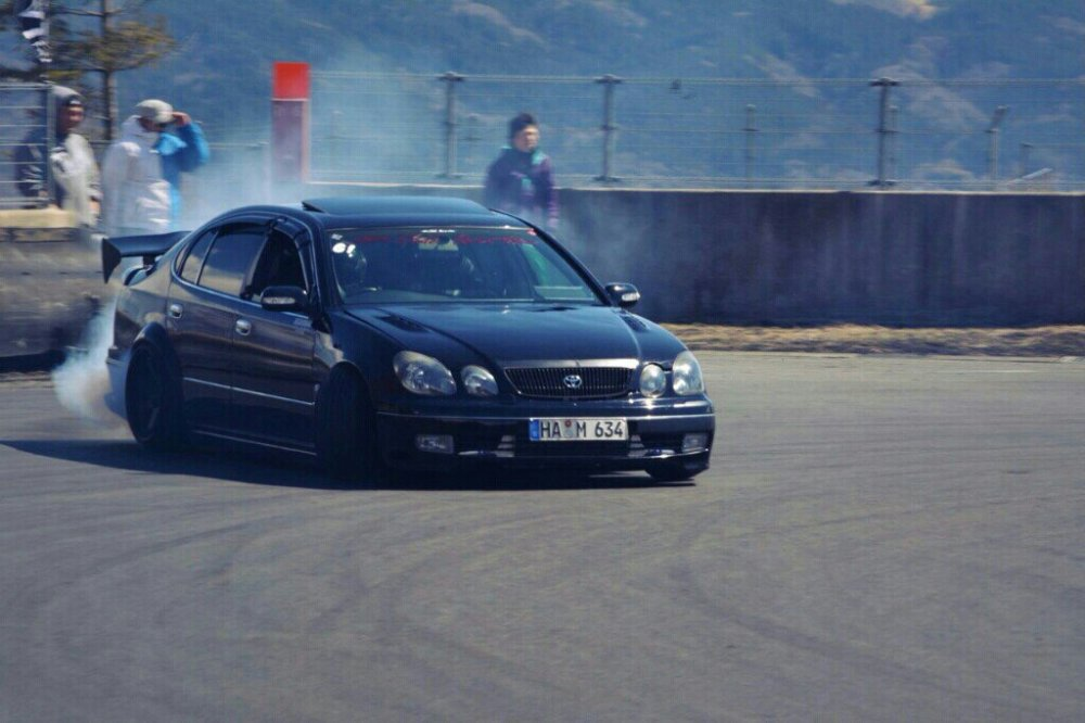 blackabflug-front-lip-kbreak-sides-te37
